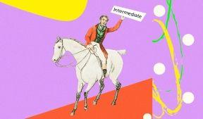 На фото мужчина на коне